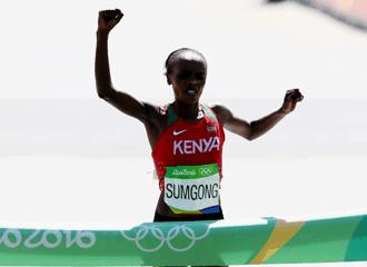 Campeã olímpica da maratona do Rio 2016 acusa doping